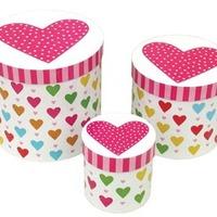 Tre askar med hjärtmotiv