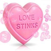Hjärtformad tvål: Love Stinks