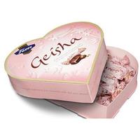 Geisha-choklad i hjärtförpackning