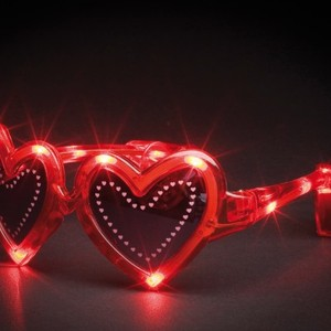 Solglasögon med blinkande hjärtan