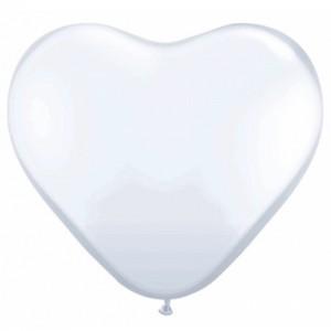 Hjärtformade ballonger vita