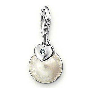 Berlock i form av en pärla av Tomas Sabo