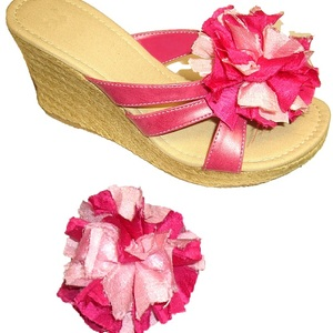 Silky Torn Pom Shoe Clips - Pink