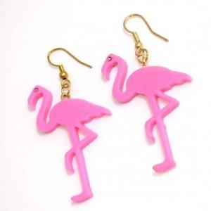Örhängen som Flamingos
