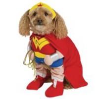 Häftig Wonder Woman-dräkt för hunden