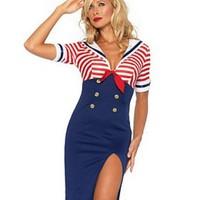 Iögonfallande sailor-klänning
